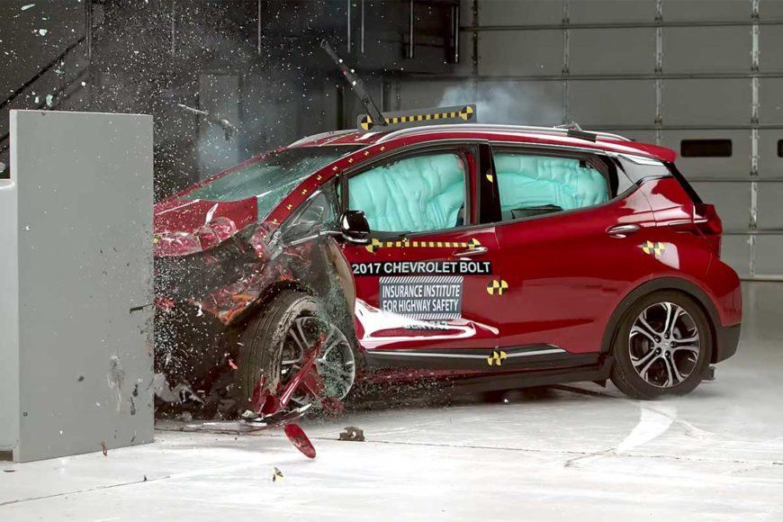 El nuevo auto eléctrico de Chevrolet superó con honores pruebas de choque a las que fue sometido